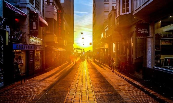 city-people-street-sun-large